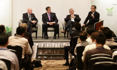 The Distinguished Sustainability Lecture Series visited Singapore Dec. 2. John Mandyck, UTC Building & Industrial Systems; Rick Fedrizzi, USGBC; Bob Fox, COOKFOX Architects; and Lim Tow Fok, Keppel Land, participated in a panel discussion about global green building trends.