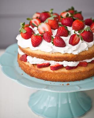 Black Pepper Sponge Cake with Strawberry Balsamic Whipped Cream