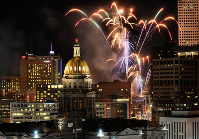 New Year's Eve fireworks explode over downtown Denver's 16th Street Pedestrian Mall. Credit: Downtown Denver Partnership and CoMedia.  (PRNewsFoto/VISIT DENVER, The Convention & Visitors Bureau)
