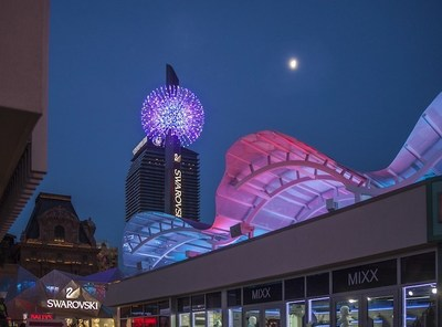 The Grand Bazaar Shops Las Vegas is the City's latest shopping attraction located at the heart of the famous Strip.  The centerpiece is the YESCO-designed LED starburst light fixture.