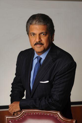 El presidente de Mahindra Group, Anand Mahindra, entre los 30 primeros consejeros delegados