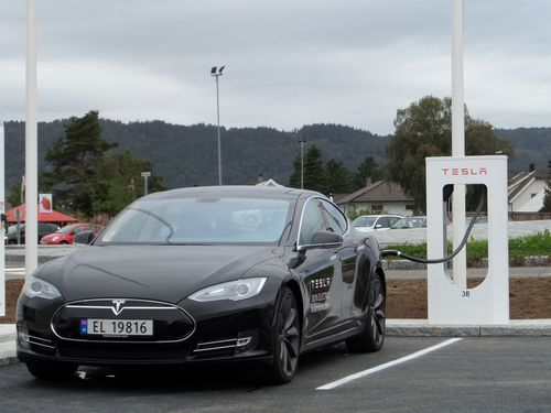Supercharging station in Lyngdal, Norway (PRNewsFoto/Tesla Motors Inc)