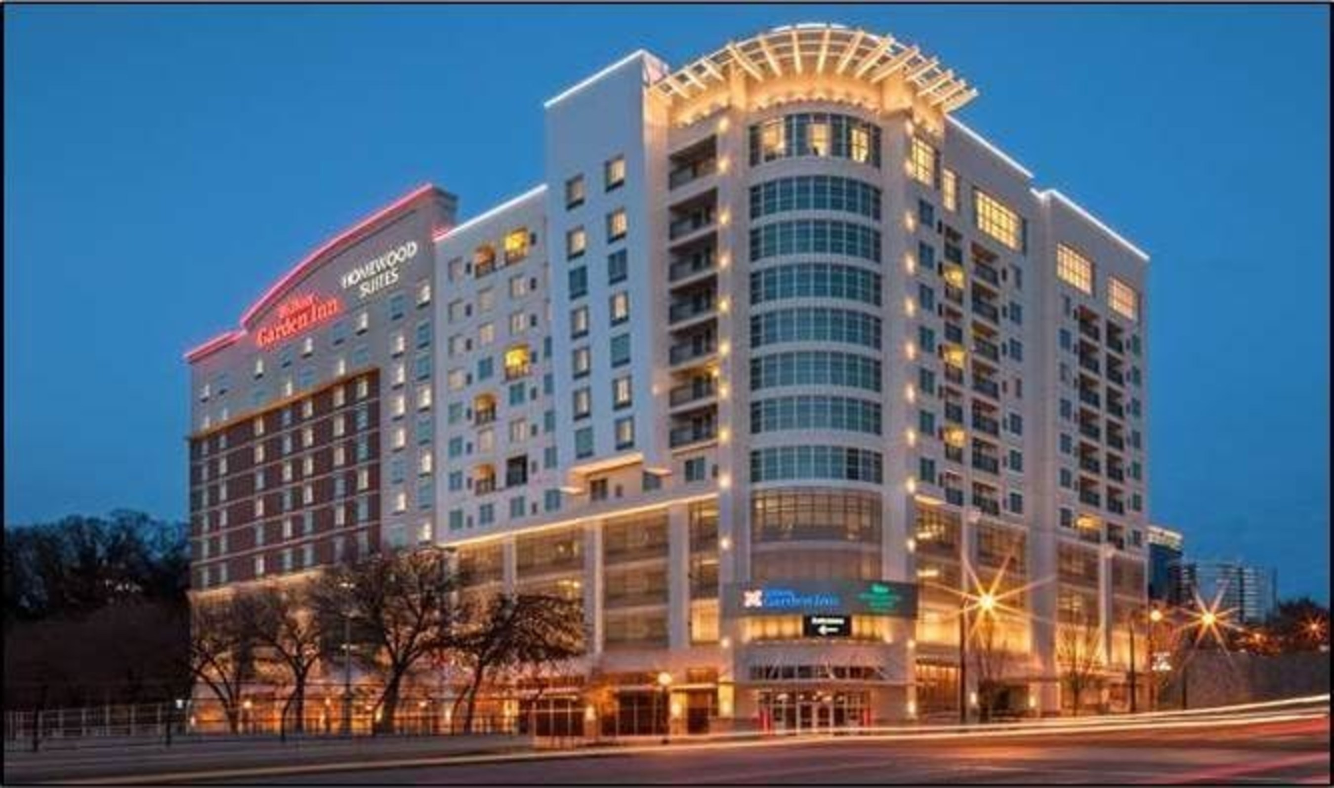 Carey Watermark Investors announced that it has acquired the newly-built Hilton Garden Inn and Homewood Suites dual-branded hotel in Atlanta, Georgia. The select-service and extended-stay property includes a total of 228 guestrooms and is located in Midtown Atlanta.