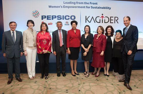 Une des femmes d'affaires les plus puissantes au monde, Indra Nooyi, invitée d'honneur à un Forum