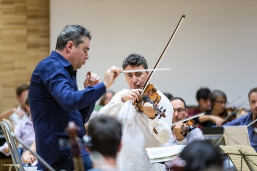 Maxim Vengerov rehearses with conductor Antoine Marguier for the farewell concert of Ban Ki-moon by the UN ...