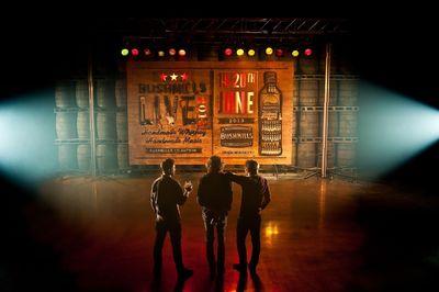 """Die weltweite Sensation """"Of Monsters and Men"""" rocken Bushmills Live 2013 - das einzige Indie-Musikfestival in einer irischen Whiskybrennerei"""