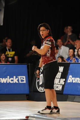 "COLUMBUS, OHIO - Liz Johnson celebrates after her historic victory at the 2013 Lipton Bowling's U.S. Open.  Johnson defeated Wes Mallot by a score of 194-188 to win the first ""Battle of the Sexes"" match in the history of any U.S. Open competition.  (PRNewsFoto/Bowling Proprietors' Association of America)"