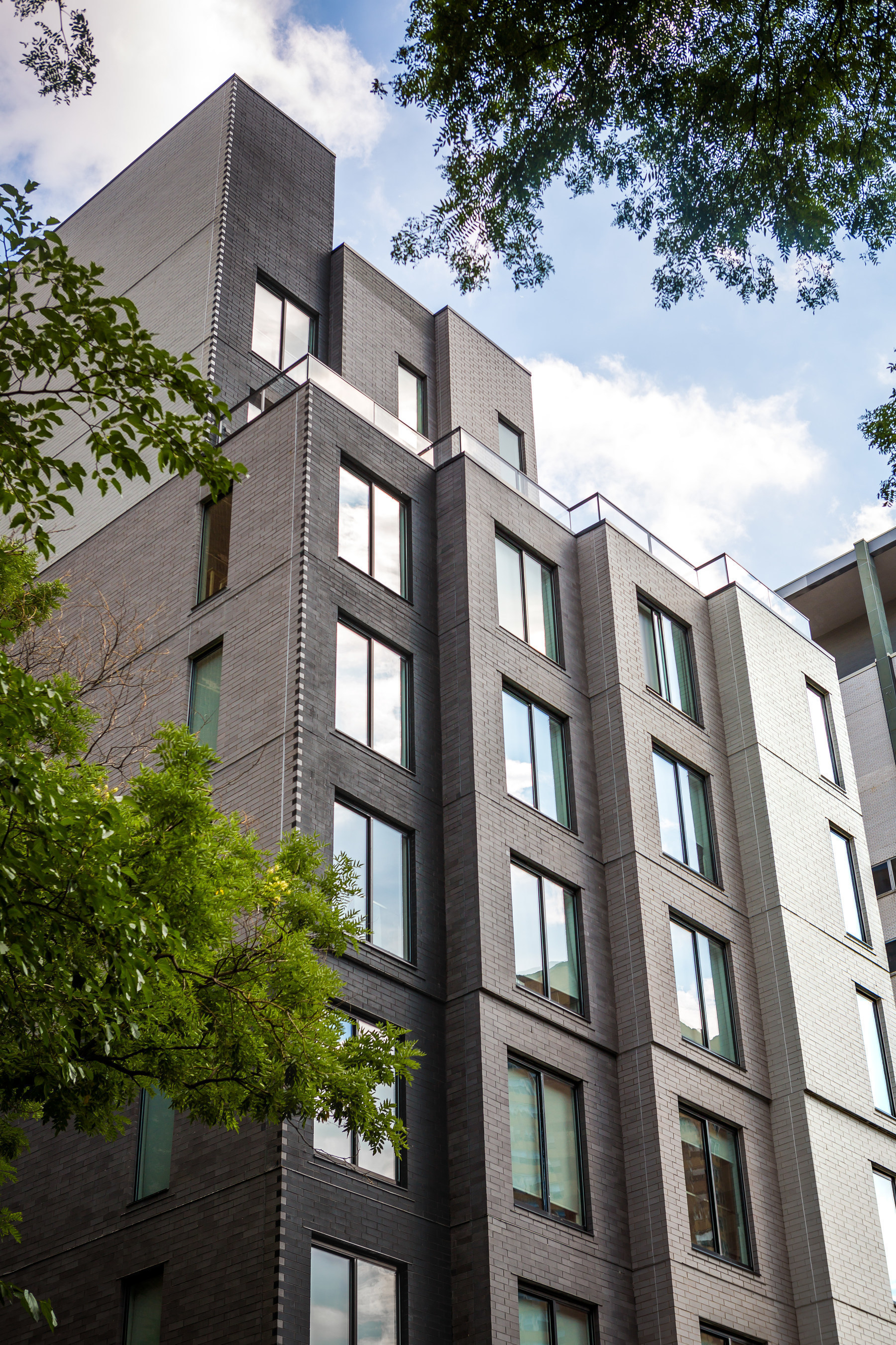 Carmel Place, clad with Glen-Gery Klaycoat brick, receives international recognition.