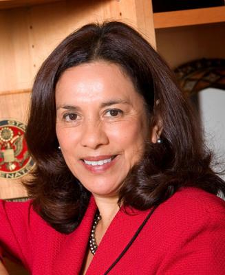 Grameen America da la bienvenida a Antonia Hernández a su junta directiva