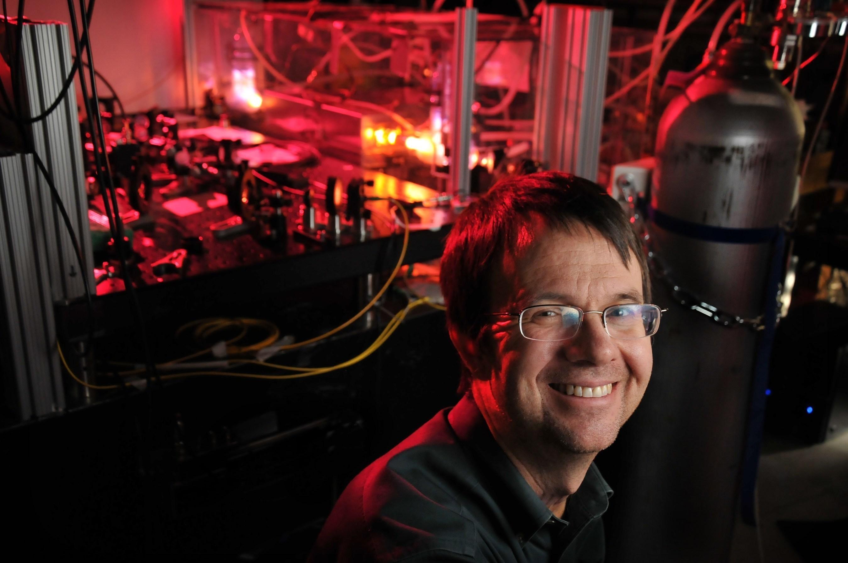Honeywell Brings Nobel Laureate Eric Cornell To Universitatea Politehnica Bucuresti To Inspire Students To Pursue Science And Engineering