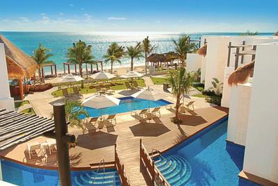 Azul Beach Hotel by Karisma (PRNewsFoto/Karisma Hotels & Resorts)