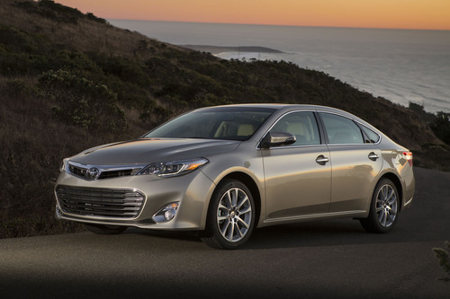 Toyota Features Redesigned Avalon and RAV4 at Fort Lauderdale International Auto Show.  (PRNewsFoto/Toyota)