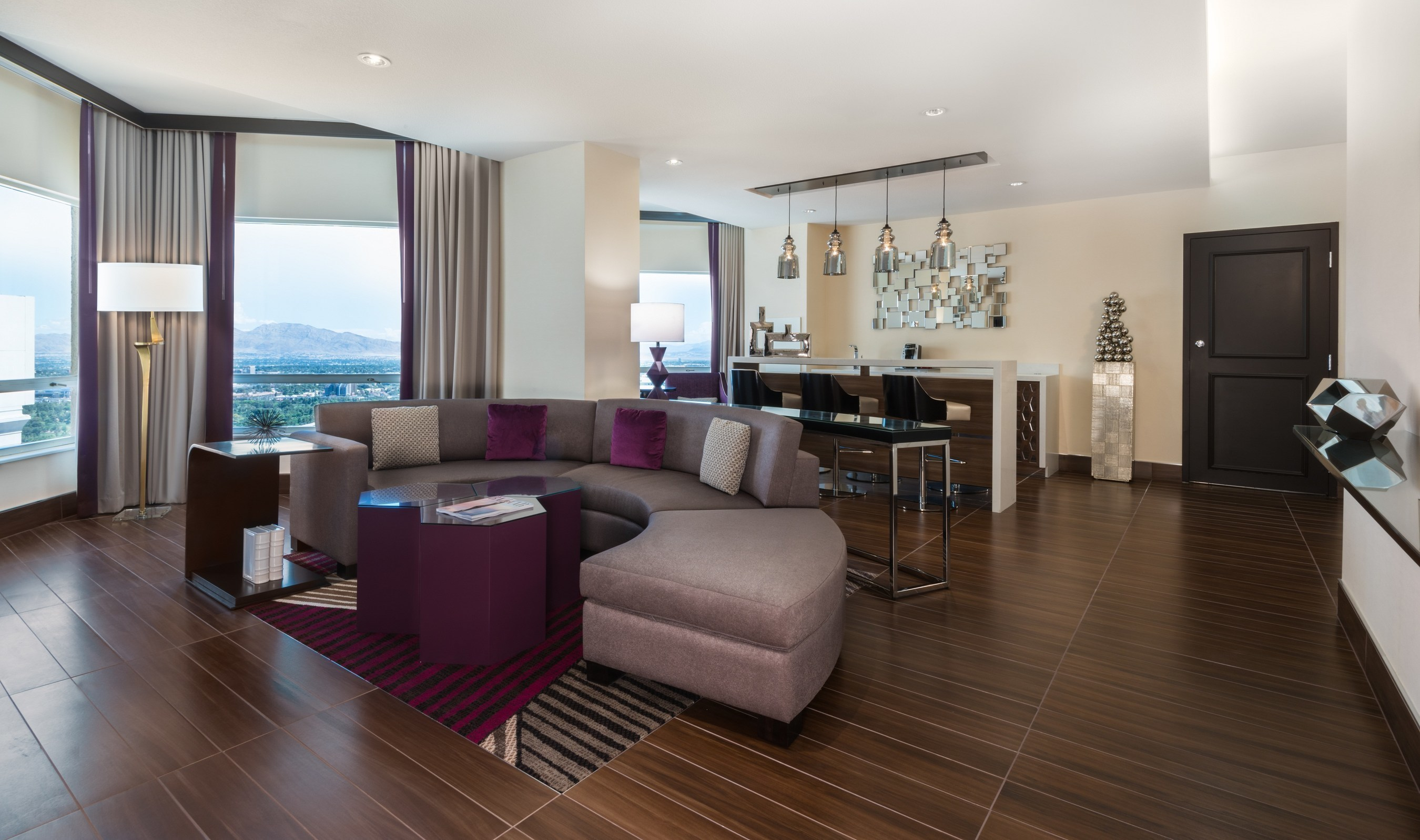 Harrah's Las Vegas Unveils Vice Presidential Suite In The Fully Renovated Valley Tower