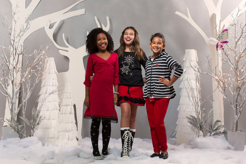 FashionPlaytes Unveils Trendy, Festive Holiday Clothing Line that Lets Tweens Sparkle and Shine