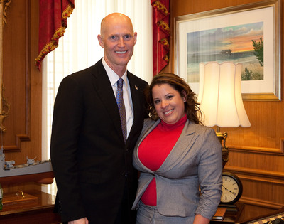Levya and Governor Scott.  (PRNewsFoto/Dade Medical College)