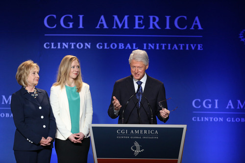 President Bill Clinton, former Secretary of State Hillary Rodham Clinton, and Chelsea Clinton at the Clinton Global Initiative America Meeting in June.   Photo Credit: Todd Rosenberg / Clinton Global Initiative. (PRNewsFoto/JMB Realty Corporation, Todd Rosenberg / Clinton Global Initiative)