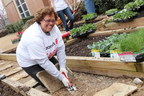 Throughout the month of April (Volunteer Month) and all year long, thousands of Aramark associates volunteer their time at local community centers and non-profit organizations in cities and towns around the world. From Cleveland to Korea, Aramark team members have helped to enrich and nourish the lives of children and families by planting fruit and vegetable gardens, teaching nutrition, wellness and career skills workshops and building community playgrounds.