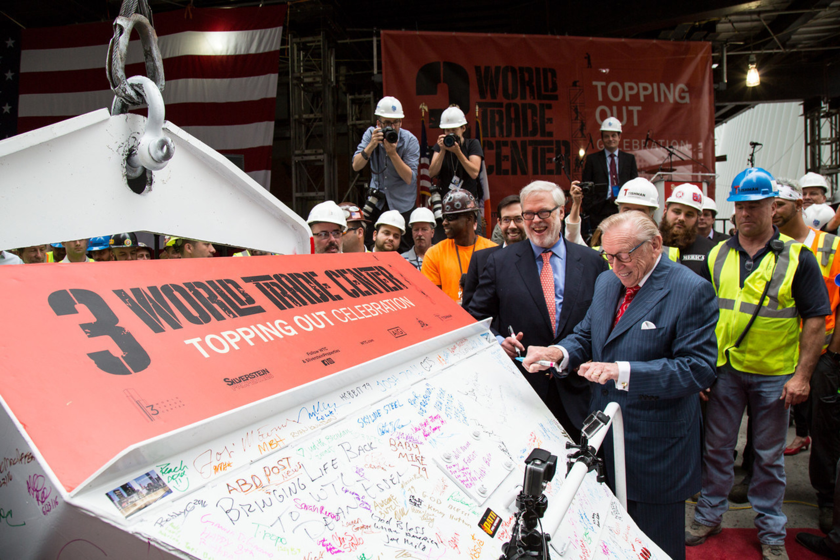 Silverstein Properties Chairman Larry A. Silverstein (right) and Port Authority of New York & New Jersey Executive Director Pat Foye at topping out ceremony for 3 World Trade Center