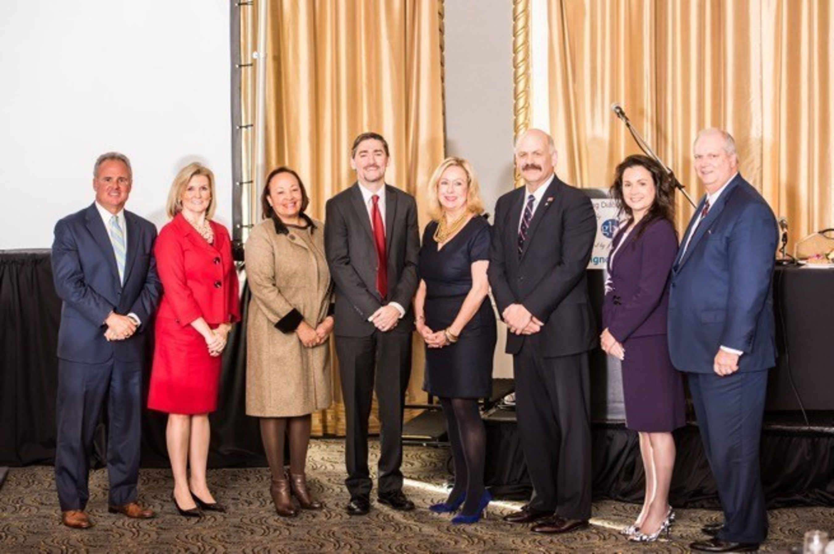 (From L-R) Frank Kelly III, CEO, Kelly & Associates Insurance Group; Christine Aspell, Managing Partner, KPMG; Geraldine Diggs, Founder, President and CEO, WeCare Private Duty Services; David McShea, Executive Director, ADA; Barbara Clapp, CEO, Clapp Communications; Steve Edwards, Founder, Edwards Performance Solutions; Julia Higgins, President, Cigna Mid-Atlantic and Donald Fry, CEO, GBC