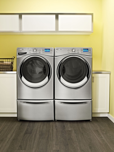 Whirlpool puts home management in the palm of your hand with smart appliances.  (PRNewsFoto/Whirlpool ...