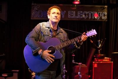 performer Bob Pressner