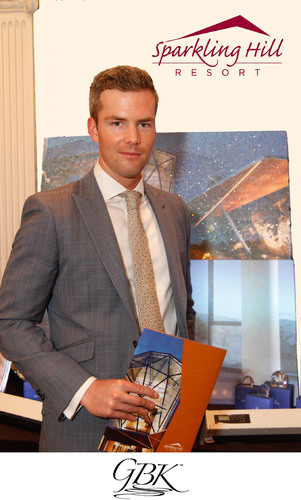 Ryan Serhant visits GBK and Sparkling Hill Resort Luxury Lounge at NYFW  (PRNewsFoto/GBK)