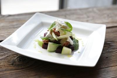 Le Rustique Camembert, Green Apple & Spiced Pecan Salad (PRNewsFoto/Le Rustique)