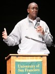 Basketball Great Bill Cartwright Returns to Alma Mater