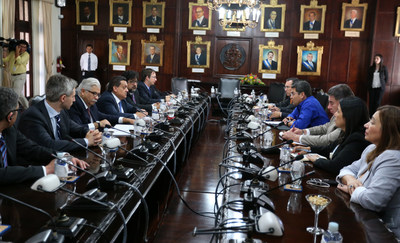 IMF delegation met President Juan Orlando Hernandez and the Economic Cabinet in Tegucigalpa and announced a favorable economic outlook for Honduras in 2016.