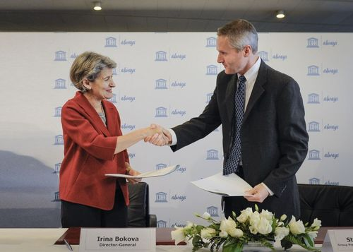 Irina Bokova, Director General of UNESCO, and Steve Bishop, Group President of P&G's Global Feminine Care Division, renew their global partnership to empower girls through literacy programme.