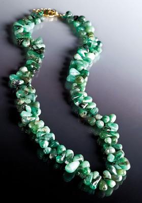 Stauer's Cayman Emerald Necklace, $79 available at www.stauer.com. (PRNewsFoto/Stauer Jewelry) (PRNewsFoto/STAUER JEWELRY)