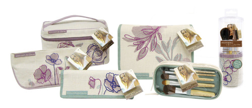 Be Gorgeous, Be Kind: New EcoTools by Alicia Silverstone Cosmetic Bag and Brush Collection Set to