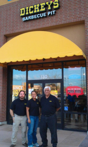 Dickey's Barbecue Pit Opens in Tracy, CA. (PRNewsFoto/Dickey's Barbecue Restaurants) ...
