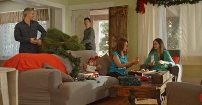El 70 por ciento de quienes respondieron a la encuesta son conscientes de que los arboles de Navidad naturales deben ser regados a diario, pero solo el 45 por ciento lo hace en la practica.