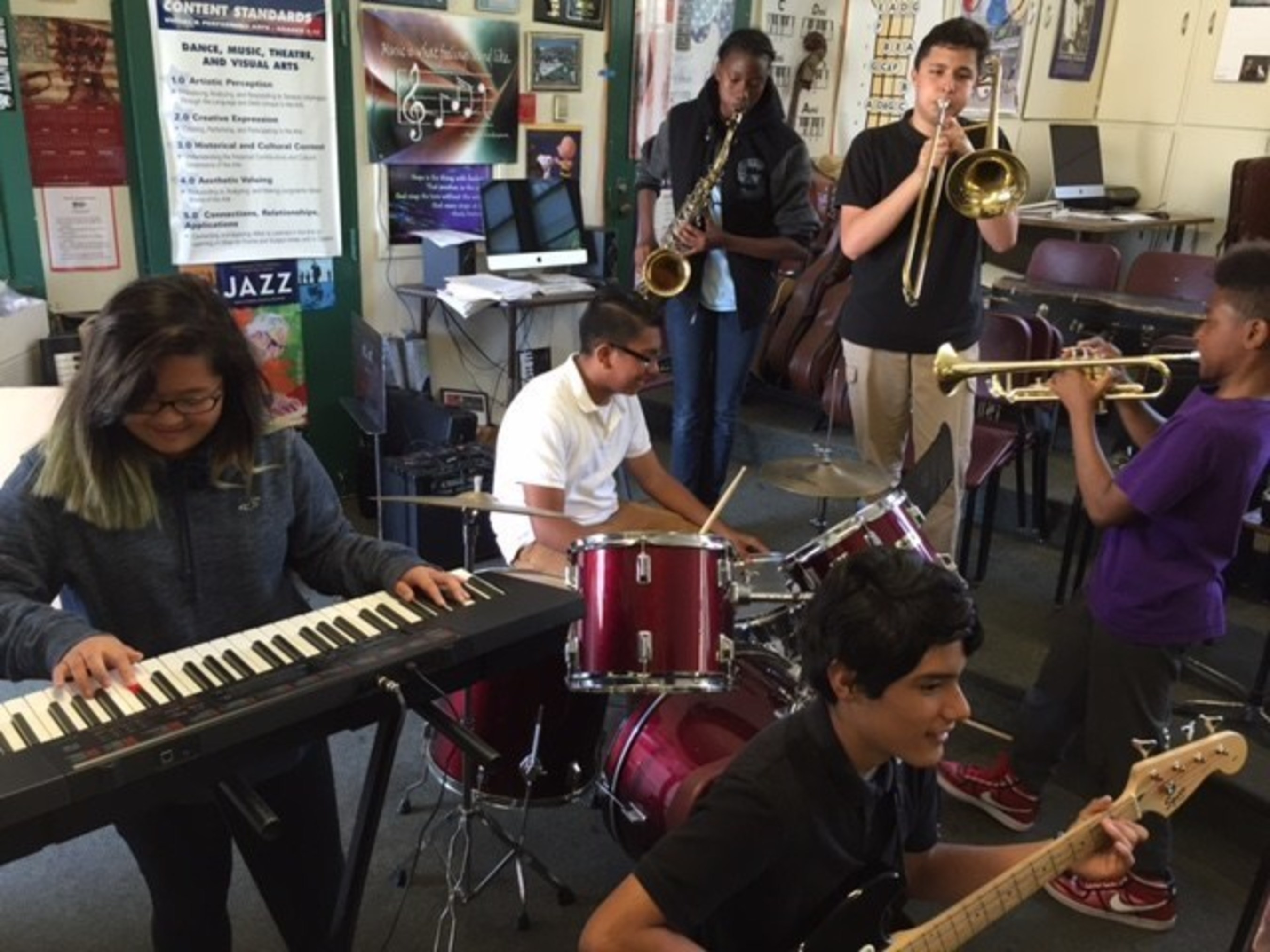 Casio Donates 60 Electronic Keyboards and Pianos to The Mr. Holland's Opus Foundation for Title I-Funded schools including the Eliot Arts Magnet in the Pasadena, CA Unified School District.