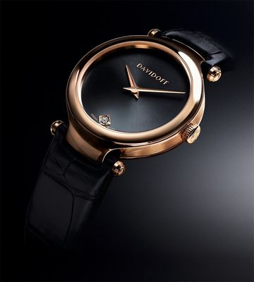 """DAVIDOFF VELOCITY LADY COLLECTION: exclusive launch at Baselworld 2013!. A watch in the VELOCITY collection is a watch for life. VELOCITY Lady means beauty that awakens desire. Perfection that unites design and craftsmanship. Luxury that brings happiness."" / Further text by ots and under www.presseportal.ch. The use of this picture is for editorial purposes free of charge. Publishment under source: ""OTS.photo/Zino Davidoff Group""."