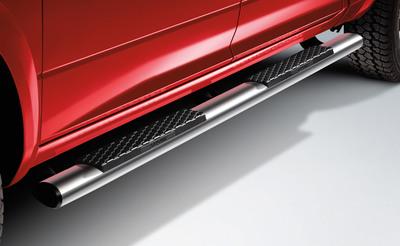 Mopar accessorizes all-new 2013 Ram.  (PRNewsFoto/Chrysler Group LLC)