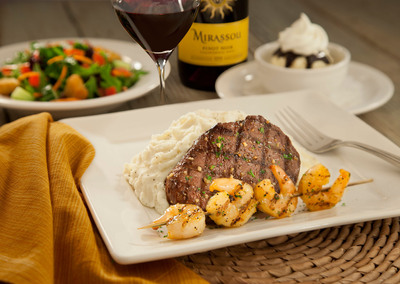 Mimi's Cafe Sirloin Steak Dinner with Shrimp Skewer add-on.  (PRNewsFoto/Mimi's Cafe)