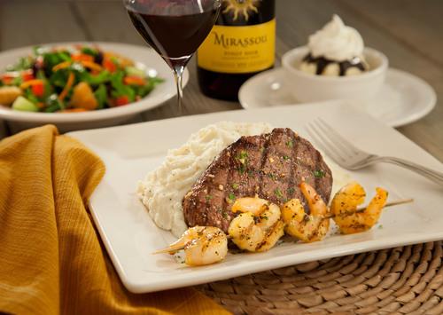 Mimi's Cafe Sirloin Steak Dinner with Shrimp Skewer add-on.  (PRNewsFoto/Mimi's Cafe)
