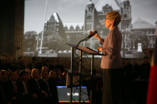 Premier Wynne at Communitech in Waterloo, Ontario to announce a new venture capital fund in partnership with the federal government, as well as corporate and institutional investors. (PRNewsFoto/Ministry of Economic Development, Trade and Employment) (PRNewsFoto/MINISTRY OF ECONOMIC DEVELOPM...)