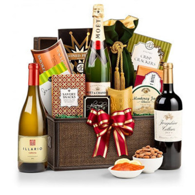 GiftBasketsOverseas.com specializes in delivering high quality personal & corporate gifts to over 200 countries.