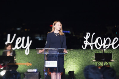 First Lady of Los Angeles, Amy Elaine Wakeland, addresses attendees at the 2016 Key of Hope Gala - Unlocking the Possibilities for Our Homeless and Foster Youth about the importance of organizations like the Los Angeles Youth Network.