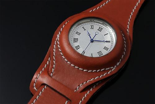 Wristlet Watch - image. (PRNewsFoto/Waves Design Studio) (PRNewsFoto/WAVES DESIGN STUDIO)