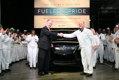 Alabama Gov. Robert Bentley, left, and Honda Manufacturing of Alabama (HMA) president Tom Shoupe shake hands in front of the all-new 2014 Acura MDX at HMA's Lincoln facility on May 2, 2013.  Governor Bentley joined more than 1,500 associates at HMA to celebrate the start of mass production of the luxury sport utility vehicle.  HMA is now the exclusive global production source of the Acura MDX.  (PRNewsFoto/Honda Manufacturing of Alabama)