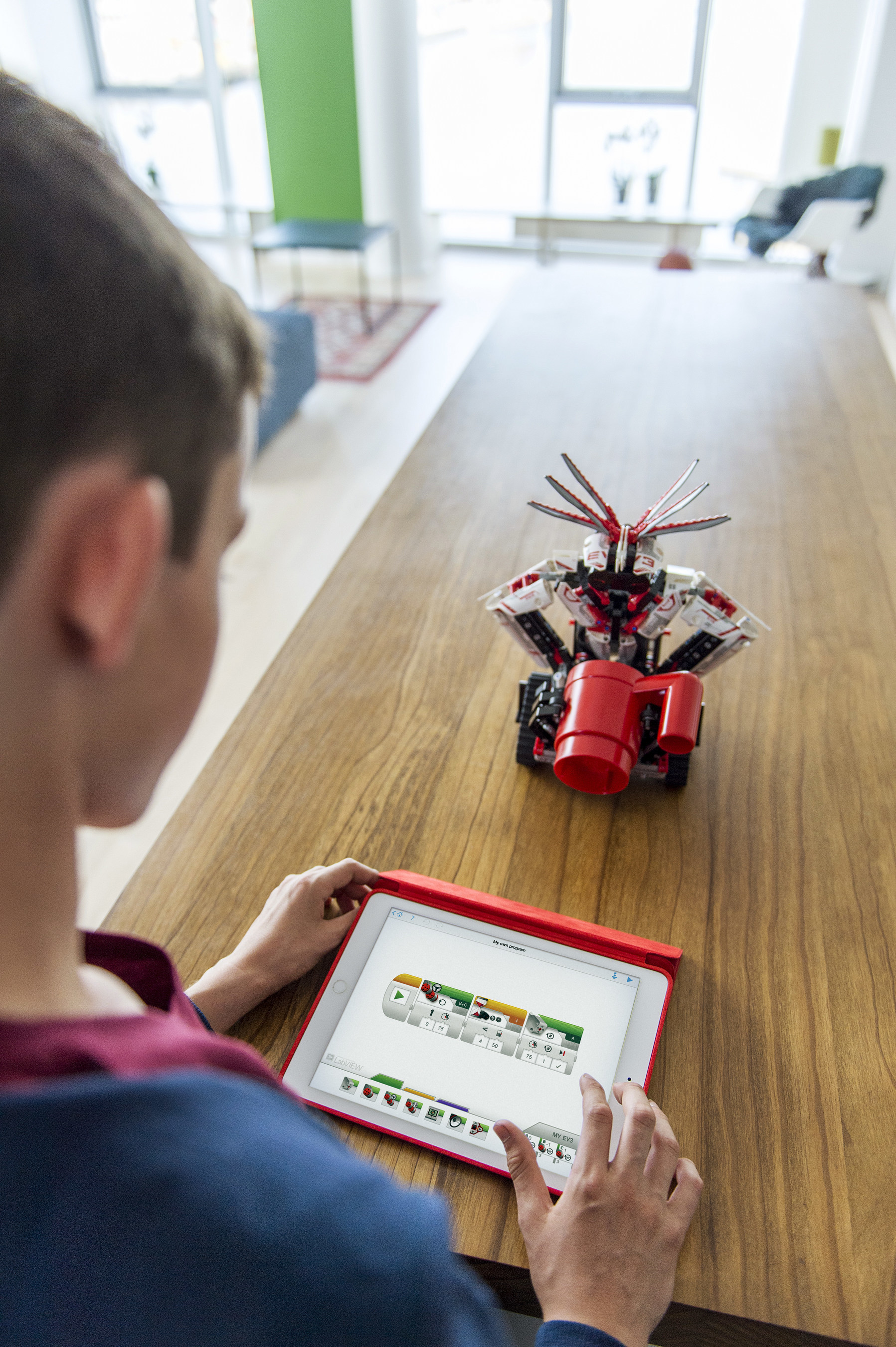 LEGO® MINDSTORMS® Introduces Mobile Programming With New EV3
