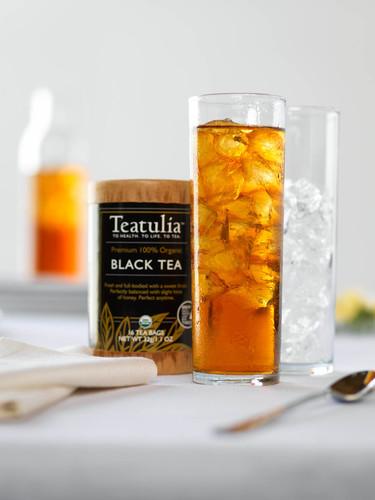 Teatulia Signature Black Iced Tea.  (PRNewsFoto/Teatulia Organic Teas)