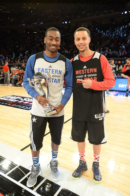In front of thousands of fans at Madison Square Garden and a national television audience, NBA All-Star starters and proclaimed 'Game Changers,' Stephen Curry and John Wall went shot-for-shot in the Degree(r) Battle of the Game Changers competition. New game changing Degree(r) Dry Spray Antiperspirant kept both players protected, but Wall ultimately clinched the title.