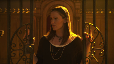"Jennifer Garner stars in the new short film ""Serena,"" available exclusively at youtube.com/wigs.  (PRNewsFoto/WIGS)"