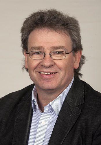 Professor Mark Hart (PRNewsFoto/Aston Business School)
