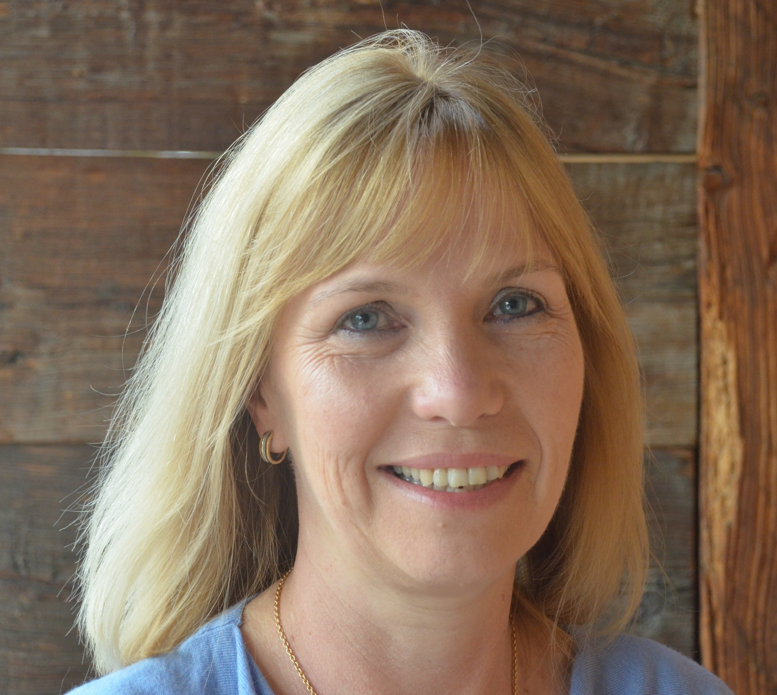 Georgina Hurst, Regional Sales Manager, EMEA - A multilingual sales leader with 22 years of experience in building and accelerating sales across EMEA, Georgina joins APTARE in the U.K. to lead its business across Europe.